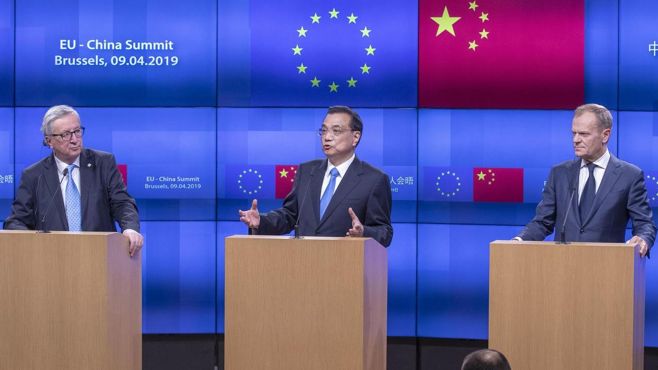 EU-kommissionens ordförande Jean-Claude Juncker, Kinas premiärminister Li Keqiang och Europeiska rådets ordförande Donald Tusk.