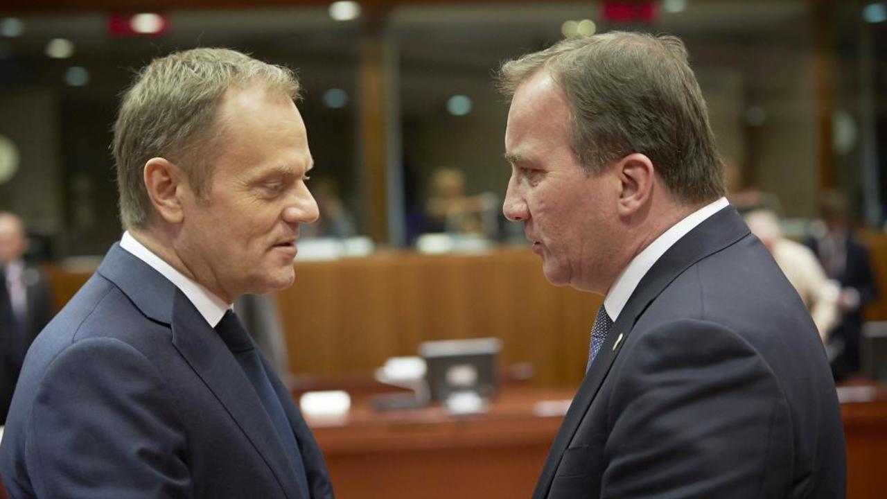 Europeiska rådets ordförande Donald Tusk i samspråk med statsminister Stefan Löfven. Arkivbild.