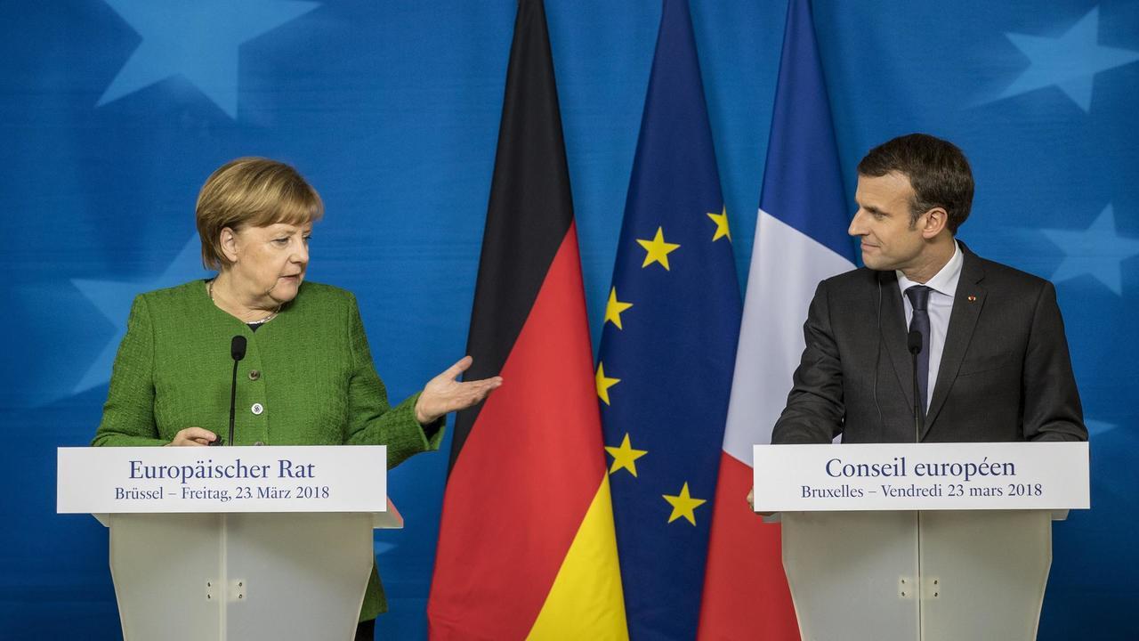 Tysklands Angela Merkel och Frankrikes Emmanuel Macron sikar på att nå gemensam position för EU:s framtid till nästa toppmöte i slutet av juni.