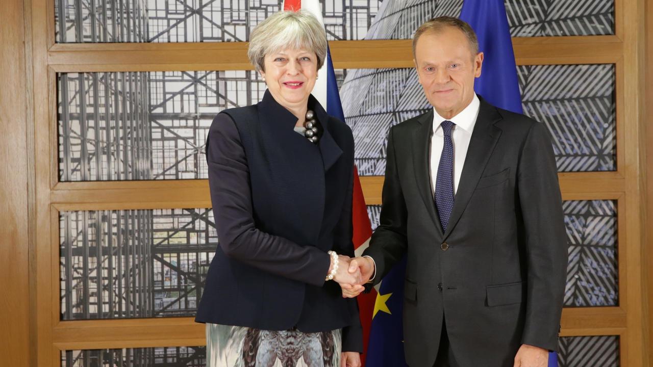 Storbritanniens premiärminister Theresa May och Europeiska rådetsordförande Donald Tusk. Bilden är en arkivbild