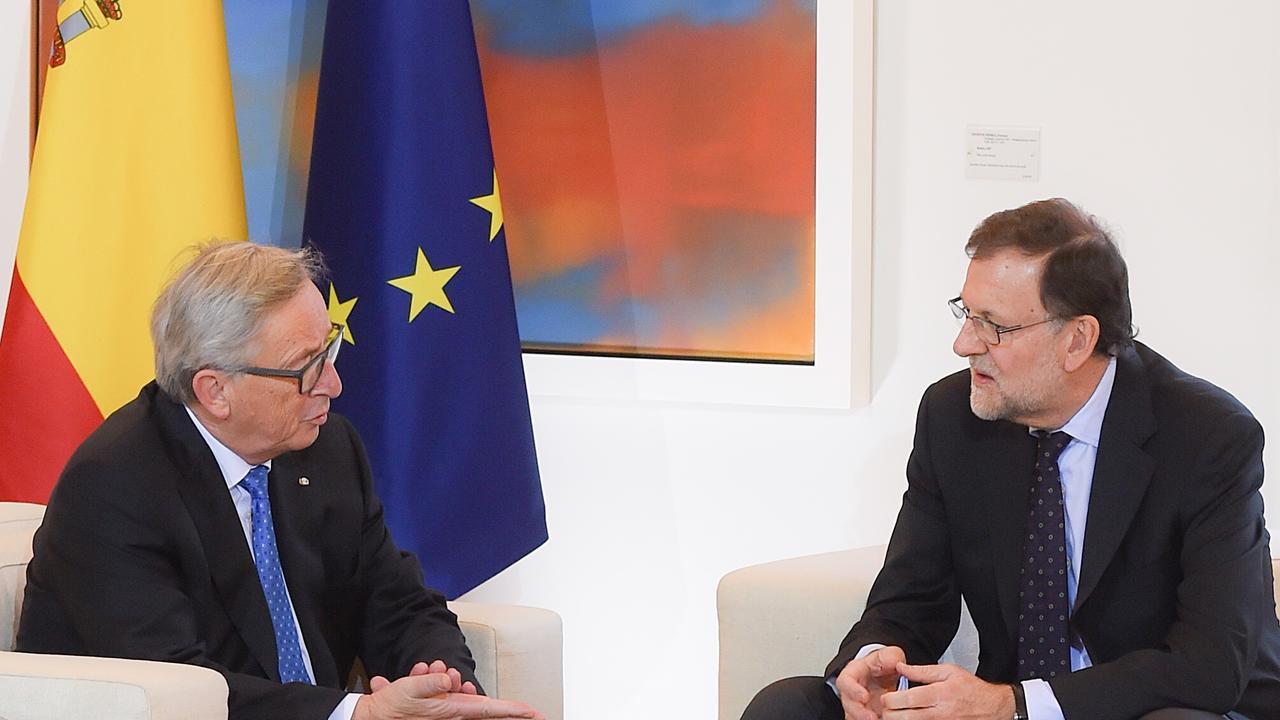 EU-kommissionens ordförande Jean-Claude Juncker och Spaniens premiärminister Mariano Rajoy. Arkivbild.