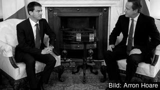 Frankrikes premiärminister Manuel Valls och Storbritanniens premiärminister David Cameron. Arkivbild.