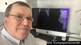 Erik Bergkvist (S) vill veta vara de andra svenska Europaparlamentarikerna står i frågan om EU ska finansiera utbyggd fossilgas.