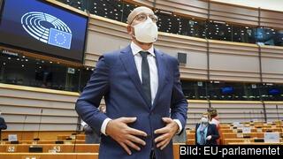 Europeiska rådets ordförande Charles Michel försvarade stats- och regeringschefernas budgetuppgörelse i en debatt i samband med EU-parlamentets resolution i förra veckan.