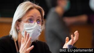 EU-parlamentets huvudförhandlare Jytte Guteland (S) i triloger med medlemsländerna och kommissionen om unionens nya klimatlag.