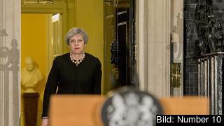 Storbritanniens premiärminister Theresa May anser att EU försöker lägga sig i det brittiska parlamentsvalet. Arkivbild.