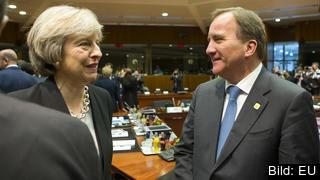 Statsminister Stefan Löfven vill ge Storbritanniens premiärminister Theresa May ett flexibelt utträdesdatum.
