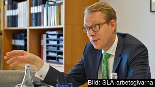 Riksdagens förste vice talman Tobias Billström (M) leder arbetet med utredningen. Arkivbild.