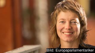 – Människor över hela Europa trycker på för att Vattenfall ska avveckla sin brunkolsverksamhet i Tyskland, skriver Malin Björk (V).