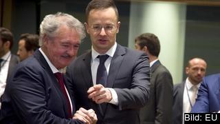 Luxemburgs utrikesminister Jean Asselborn och Ungerns dito Péter Szijjártó har startat ett ordkrig efter att den ungerska premiärministern Viktor Orbáns kontroversiellt tal om muslimsk invandring.