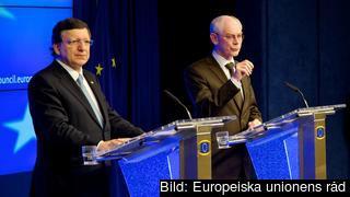 Herman Van Rompuy och José Manuel Barroso på presskonferensen efter EU-toppmötet torsdagen 14 mars.