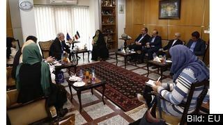 EU vill ge ökat stöd till Iran efter USA sanktioner. Energikommissionär Miguel Arias Cañete ska åka till Iran i helgen. Här vid ett tidigare besök.