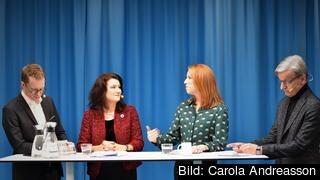 Moderatorn Samuel Engblom från TCO, EU-minister Ann Linde (S), Centerpartiledaren Annie Lööf och tidigare DN-journalisten Henrik Brors.