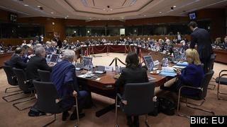 Åsikterna gick isär när EU:s finansministrar diskuterade hur eurosamarbetet borde utvecklas framöver.