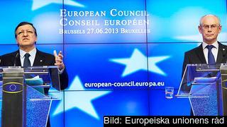Kommissionsordförande José Manuel Barroso och Europeiska rådets ordförande Herman Van Rompuy under torsdagens presskonferens.