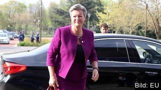 Ylva Johansson (S) är en av kandidaterna som EU-kommissionens tillträdande ordförande Ursula von der Leyen ska intervjua i veckan. Arkivbild.