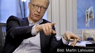 Gunnar Hökmark, ordförande i tankesmedjan Frivärld,  pekar på hur vissa socialdemokratiska regeringar har skyddat och gjort sig till aktörer för korruption, maktmissbruk och underminering av rättsstaten.