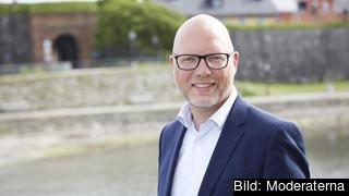 – Det är tydligt att dubbla budskap och villfarelser präglar socialdemokratins Europapolitik, skriver Jörgen Warborn (M).
