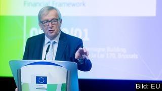 EU-kommissionens ordförande Jean-Claude Juncker vill se en större EU-budget de kommande åren då EU har fått nya uppgifter.