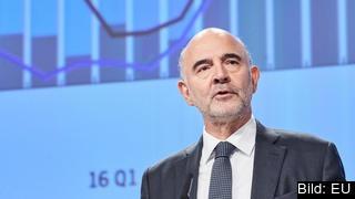 EU:s ekonomikommissionär, den franske socialdemokraten Pierre Moscovici, vid torsdagens presentation.