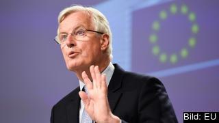 EU:s chefsförhandlare Michel Barnier efter fredagens avslutade brexitförhandlingar med sin brittiske motsvarighet David Frost.
