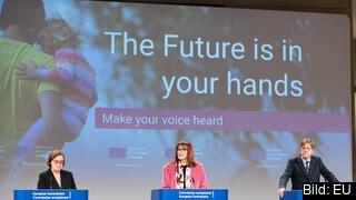Portugals Europastatssekreterare Ana Paula Zacarias, EU-kommissionär Dubravka Šuica och EU-parlamentariker Guy Verhofstadt representerar de tre EU-institutionerna i framtidskonferensen.