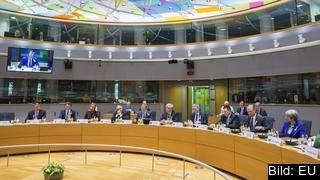 EU pekar ut Ryssland som ansvarig för spionattacken i Storbritannien och svarar med att kalla hem EU-ambassadör.