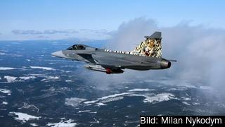 Ett tjeckiskt Gripenplan övar att skjuta missiler på Vidsel. Arkivbild
