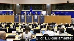 EU-parlamentarikerna slipper redovisa sina extramedel offentligt.