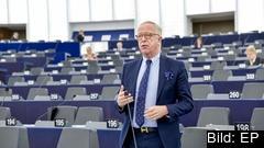 Europaparlamentariker Gunnar Hökmark (M) anser att förslaget om digital skatt som diskuteras i EU felaktigt gynnar större länder framför mindre och importerade länder fram för de som exporterar tjänsterna.