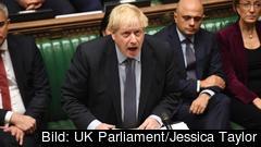 Storbritanniens premiärminister Boris Johnson i talarstolen i parlamentets underhus. Arkivbild.