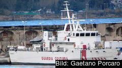 Den italienska kustbevakningens fartyg Ubaldo Diciotti här för ankar i Messina, också på Sicilien,