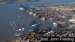 Den brittiska hamnen vid Felixstowe är en av landets viktigaste för internationell handel
