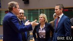 Magdalena Andersson tycker att andelen felutbetalningar är för stor i EU:s budget.