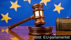 Att ett land bryter mot rättsstatens principer kan bli skäl till att dra in EU-bidrag i framtiden.