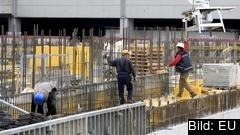 Utländska EU-arbetare ska ha samma lön som inhemska enligt en överenskommelse mellan EU:s lagstiftare.
