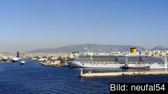 Det kinesiska företaget Cosco köpte 2016 51 procent av ägandet i Greklands största hamn Pireus. Arkivbild.