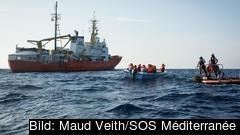 Aquarius under en räddningsaktion i september.