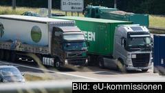 Åtta länder hade klockan 12 på tisdagen informerat kommissionen om att de tänker införa gränskontroller.