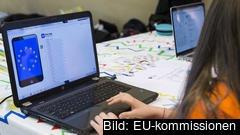 Bilden är tagen under ett annat hackaton som arrangerades av EU-kommissionen.  200 svenskar deltog i EU:s tävling i syfte att tillsammans lösa coronakrisens problem.