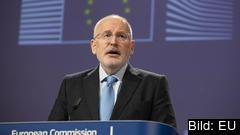 EU-kommissionens viceordförande Frans Timmermans presenterade rapporten om antisemitism i Europa.