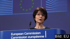 Arbetsmarknadskommissionären Marianne Thyssen presenterade den nya överenskommelsen om villkor inom arbetsmarknaden.