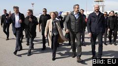 Från vänster: Kroatiens premiärminister Andrej Plenković, EU-parlamentets talman David Sassoli, EU-kommissionens ordförande Ursula von der Leyen, Greklands premiärminister Kyriakos Mitsotakis och Europeiska rådets ordförande Charles Michel på besök vid den grekisk-turkiska gränsen.