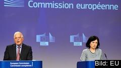 EU-kommissionärer Josep Borrell och Vĕra Jourová.