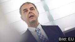 EU-parlamentariker Jasenko Selimovic har antytt att hans fd anställda ska ha fifflat med pengar. Parlamentets revisorer har dock inte hittat något fel.