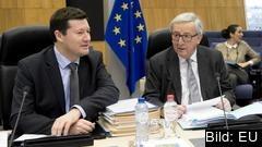 Till höger EU-kommissionens ordförande Jean-Claude Juncker och till vänster EU-kommissionens nye generalsekreterare Martin Selmayr. Arkivbild.