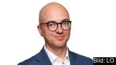 – Arbetslösheten är hög i Sverige och den har stigit väldigt mycket, det råder det inget tvivel om. Frågan är egentligen om det är så bra i andra länder som statistiken pekar på, säger LO-ekonomen Torbjörn Hållö.